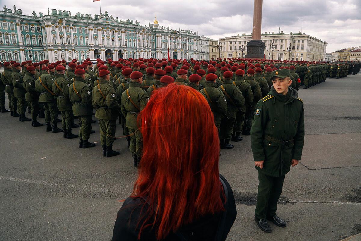 Photo by: Ilya Shtutsa