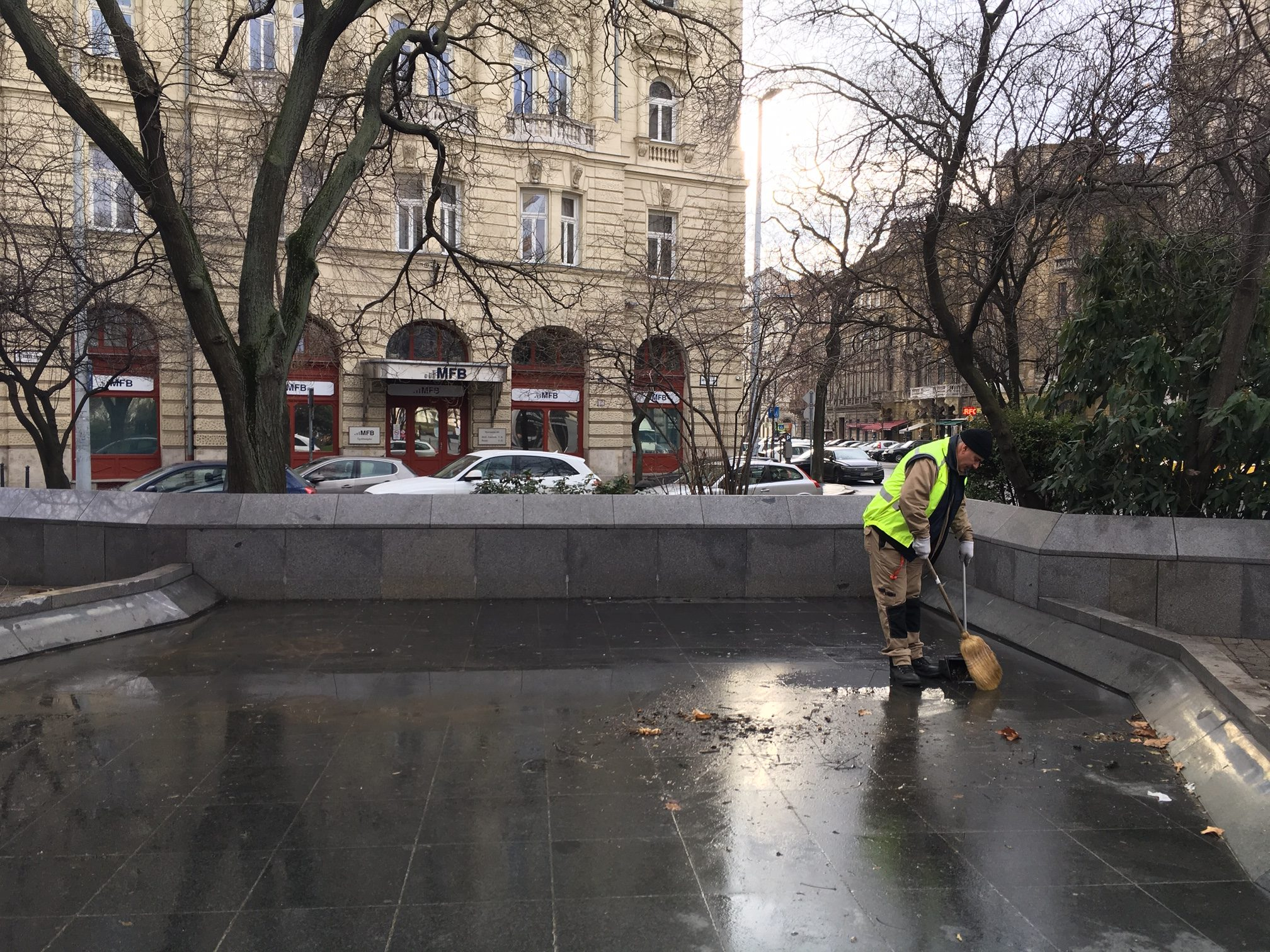 Martyrs' Square after the removal the statue of Imre Nagy. Source: Hungarian Free Press